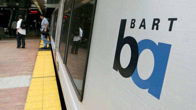 Homem ameaçou passageiros do metro nos EUA com duas serras elétricas