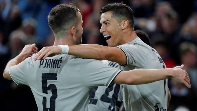 Pjanic rendido ao arranque de época de Cristiano Ronaldo