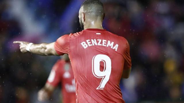 Real Madrid regressa aos triunfos no primeiro jogo pós-Lopetegui