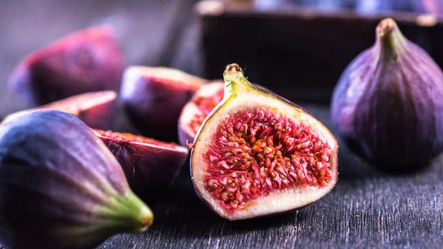 Não, os figos não são vegetarianos. E a razão pode causar repulsa