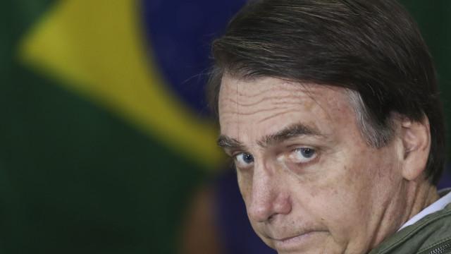 """Bolsonaro quer mudar embaixada para Jerusalém. """"Logística"""" não ajuda"""