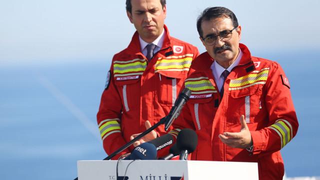 Turquia poderá comprar petróleo ao Irão apesar das sanções dos EUA