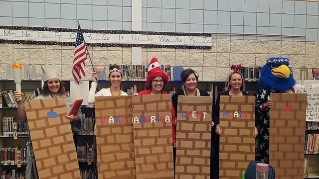 Vestiram-se de mexicanos e usaram muro no Halloween. Escola pede desculpa