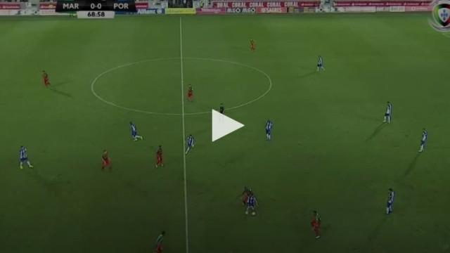 Jogada colectiva do FC Porto termina com golo soberbo de Otávio
