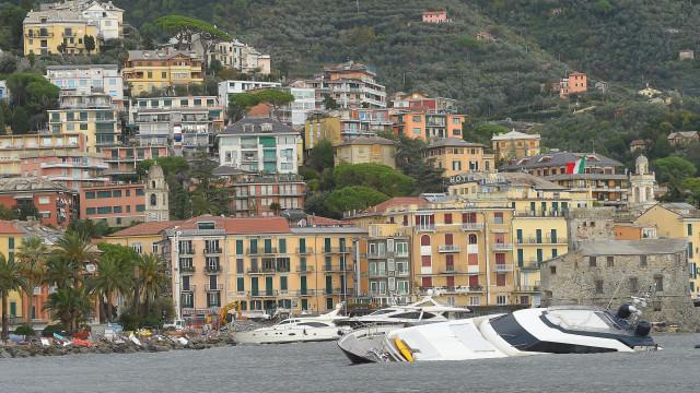 Inundações na região italiana da Sicília causam 10 mortos