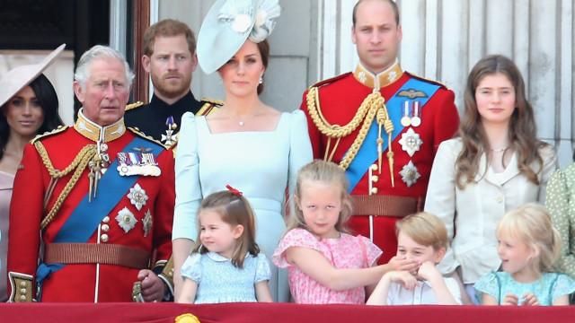 As alcunhas carinhosas com que George e Charlotte tratam Carlos