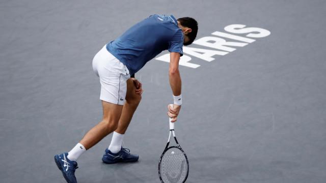 Jovem 'pérola' russa destrói o 'monstro' Djokovic e conquista Paris