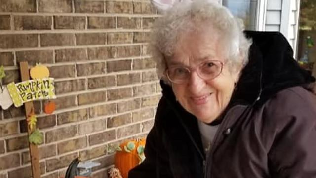 Doce ou travessura? Aos 91 anos, estreou-se no Halloween... e adorou