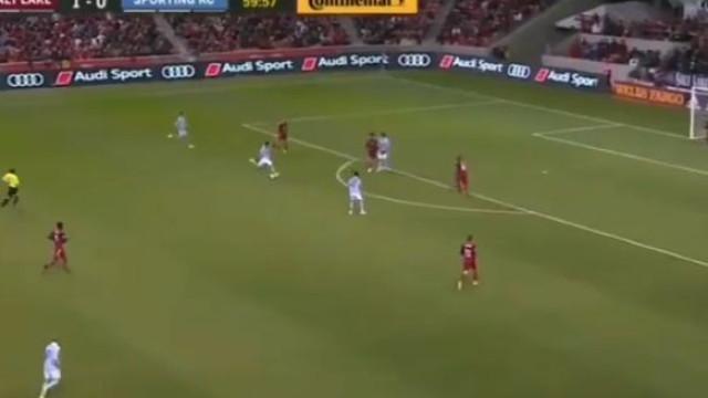 Agora noutro Sporting, Diego Rubio marcou este belo (e importante) golo