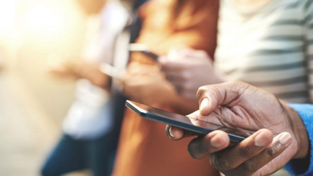 É esta a ligação entre telemóveis e cancro
