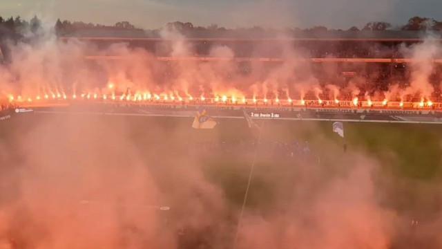 Clube da terceira divisão alemã despediu-se assim do seu estádio