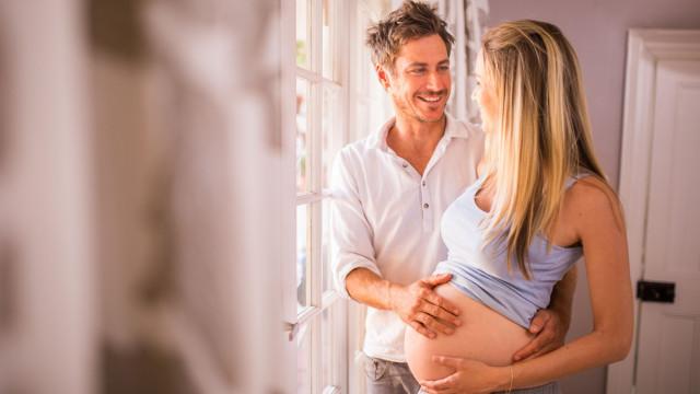 Idade do pai também é determinante para a saúde do bebé