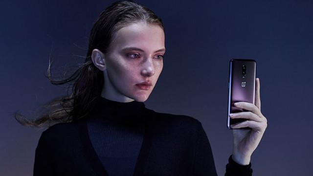 OnePlus 6T terá versão em roxo. Veja as imagens