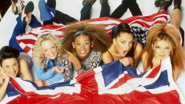 Spice Girls: Relembre os melhores looks do grupo