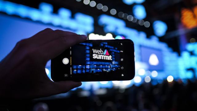 As fotos do dia em que o 'pai' da internet (e não só) subiu ao palco