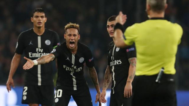 """Neymar revoltado: """"Vou para casa muito irritado e muito chateado"""""""