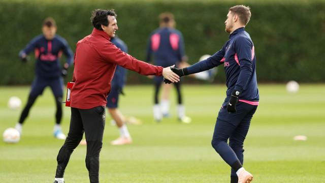 Arsenal com duas dúvidas e três baixas na receção ao Sporting