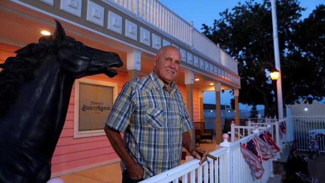No Nevada, um dono de bordel venceu eleições. E está morto desde outubro