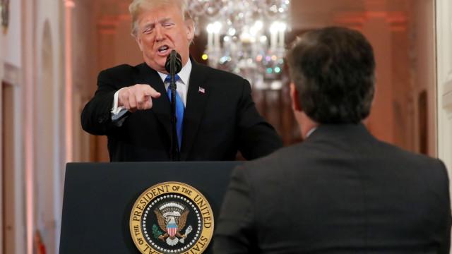 "Nova disputa de Trump com os jornalistas que apelida de ""mal educados"""