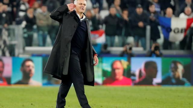 Mirror: Mourinho levou com cuspidela em Turim
