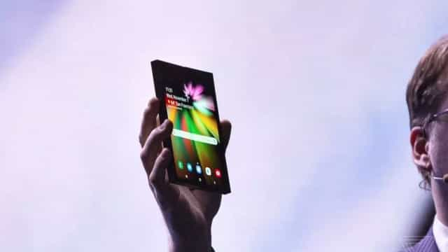 Samsung desvenda Galaxy S10 e smartphone dobrável em fevereiro