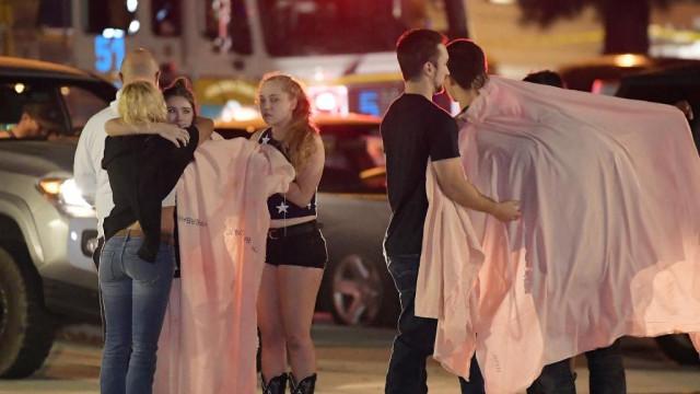 Tiroteio na Califórnia resultou em 12 mortos e mais de 11 feridos