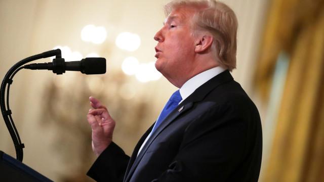 """Trump diz ter """"poder discricionário"""" para escolher jornalistas"""