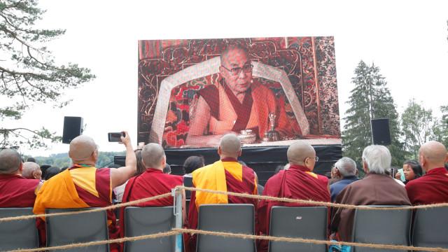 Tibetano autoimolou-se pelo fogo em apelo ao regresso de Dalai Lama