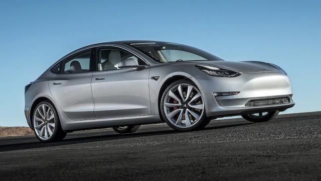 Tesla Model 3 distinguido pelos leitores do Consumer Reports