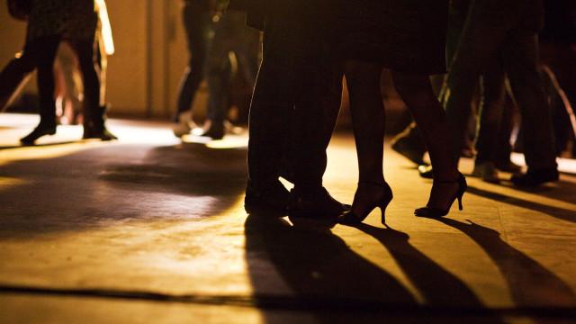 Vista-se a rigor e vá ao baile solidário e cheio de glamour da Abraço