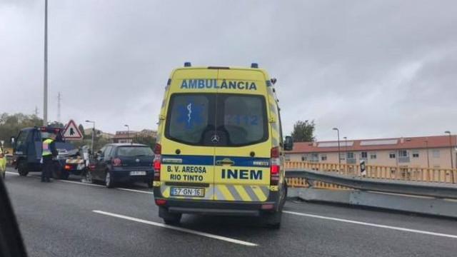 Acidente e chuva condicionam trânsito na Via de Cintura Interna, no Porto