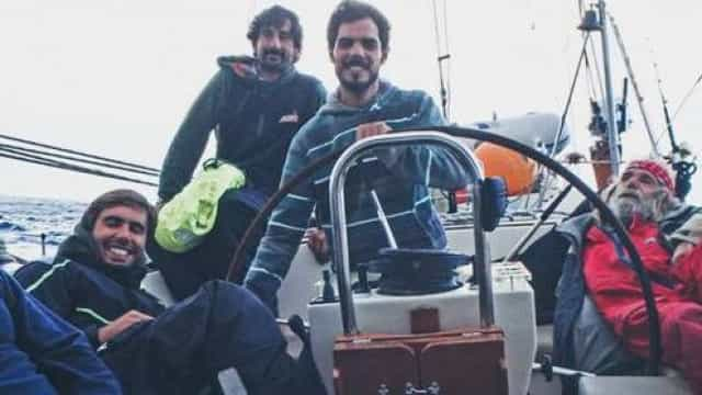 Grupo de amigos açorianos parte para volta ao Mundo de veleiro