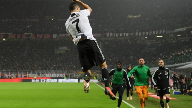 Juve 'destruiu' o Milan e CR7 é a figura em destaque na imprensa italiana