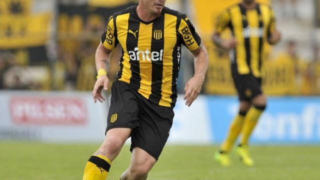 Golo de Cristian Rodríguez ofereceu bicampeonato ao Peñarol