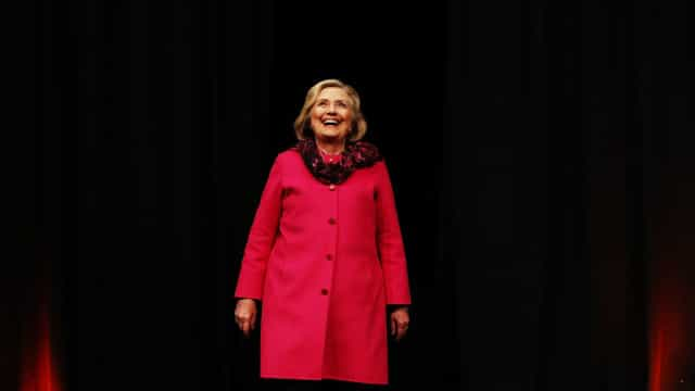 Hillary Clinton vai concorrer às eleições de 2020, diz ex-conselheiro