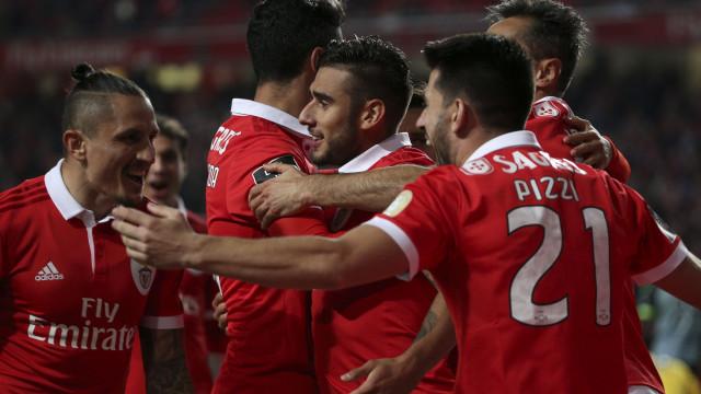 Dois jogadores do Benfica com ordem de regresso das seleções