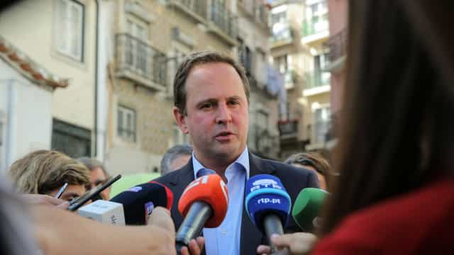 Excedente da venda dos terrenos de Entrecampos será aplicado em habitação