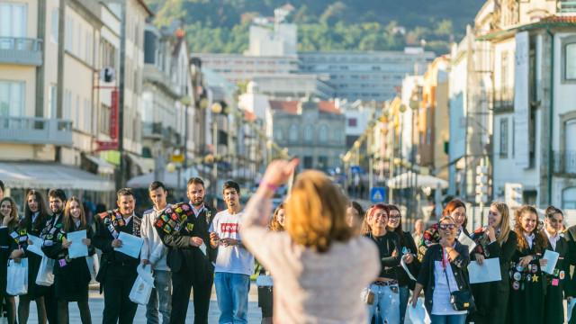 """Viana """"assume-se"""" como a cidade que acolhe com """"responsabilidade"""""""