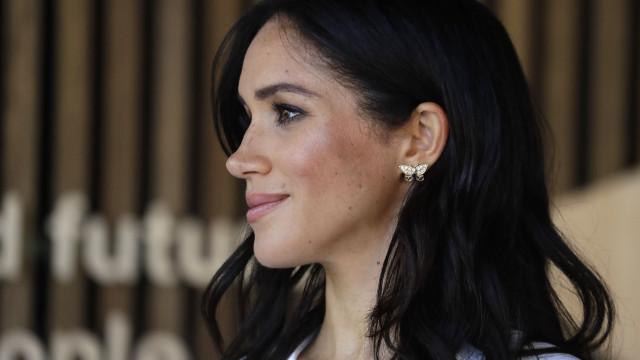 Família real poderá ter de pagar mais impostos por causa de Meghan Markle