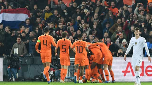 Holanda vence França e relega a Alemanha para a 2.ª divisão