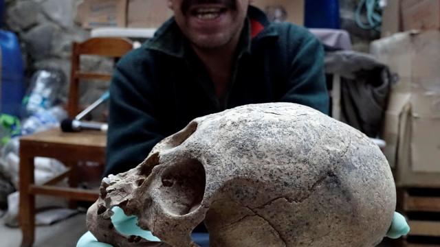 Restos mortais e artefactos Inca com 500 anos encontrados na Bolívia