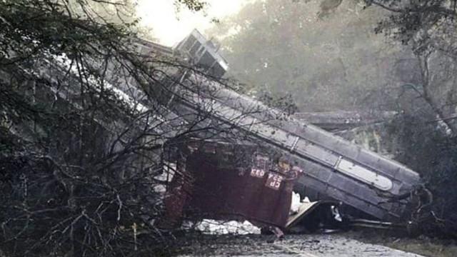 Descarrilamento de comboio obriga a evacuar cidade nos EUA