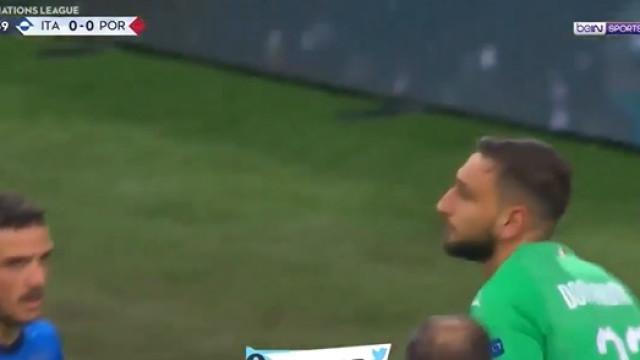 A fantástica defesa de Donnarumma que evitou o golo português em Itália
