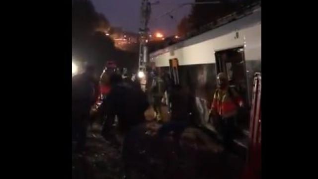 Comboio descarrila em Espanha. Há um morto e vários feridos