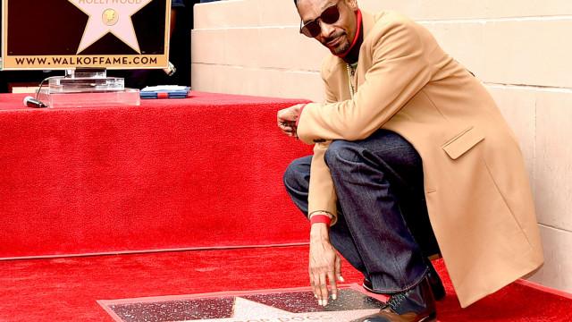 Snoop Dogg recebe estrela no Passeio da Fama