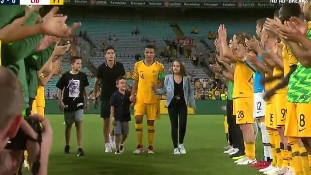 O emocionado adeus de Tim Cahill à seleção australiana