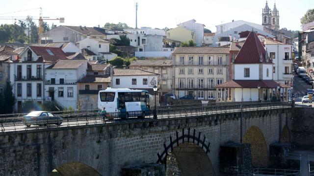 Barcelos vai abrir Museu do Design Português com acervo de Paulo Parra
