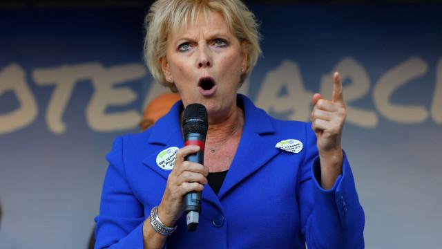 Brexit: A solução passa por um novo referendo, diz deputada conservadora