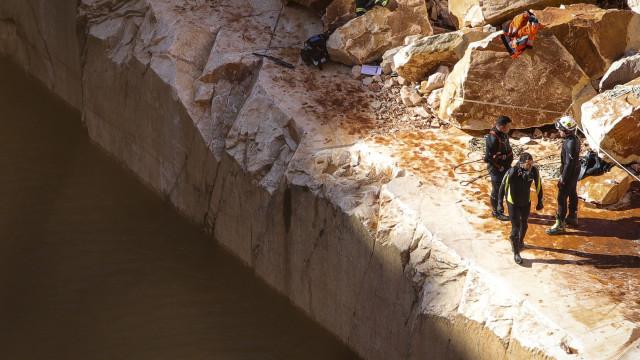 Investigadores já tinham detetado dilatação de fissuras este ano em Borba