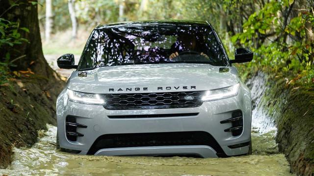 Novo Range Rover Evoque já viu a luz do dia e traz (muitas) novidades